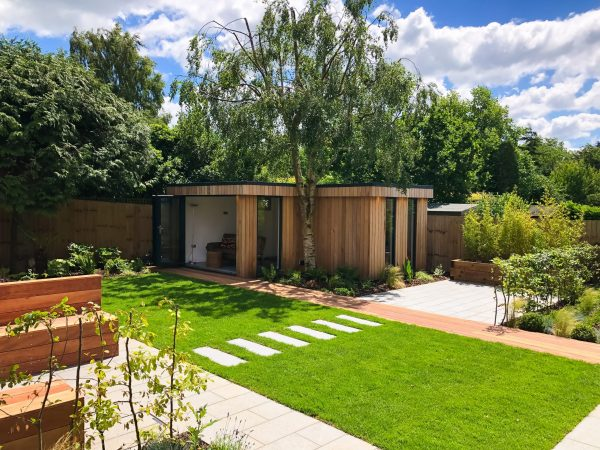 A Vivid Green garden studio – Space for play